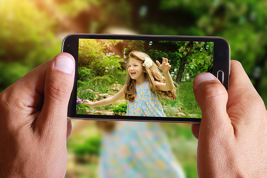 Make Your Smartphone Camera Smarter with these Apps & Add-ons