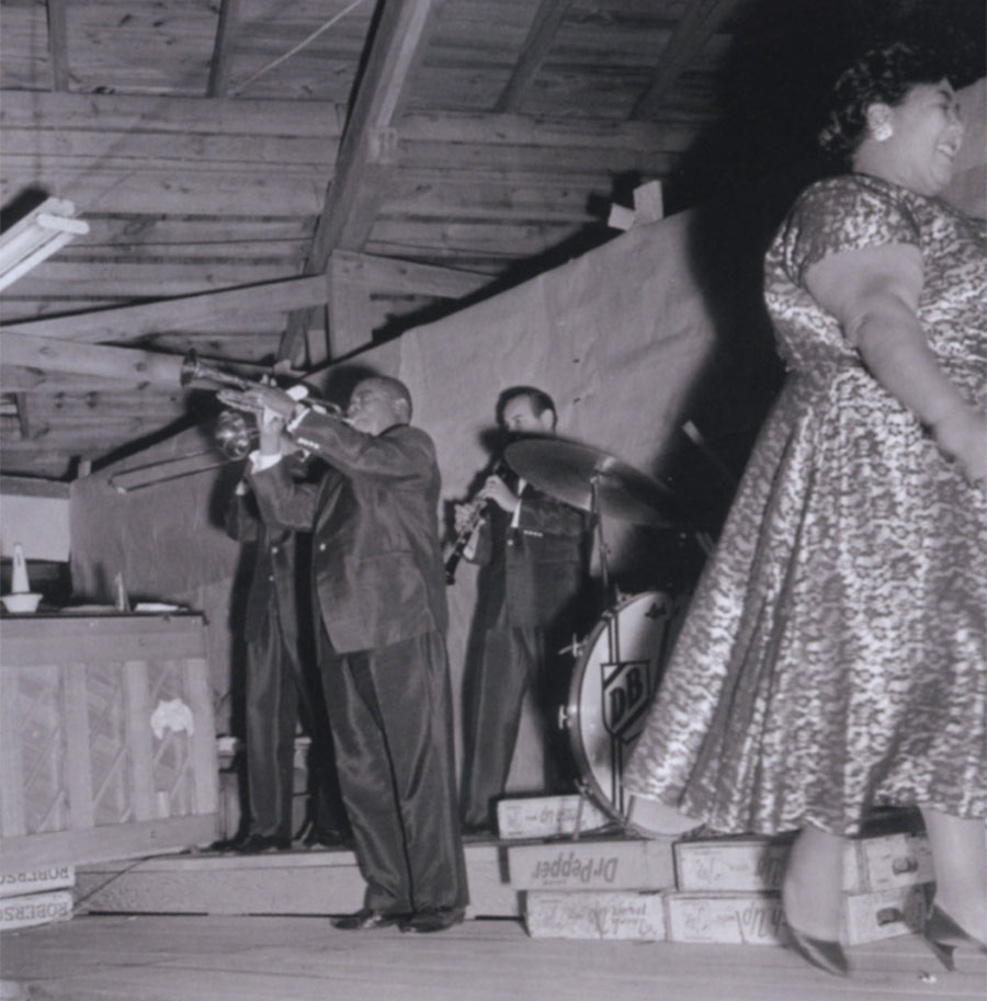 Louis Armstrong plays in North Carolina