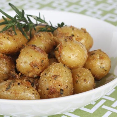 Garlic-Rosemary Roasted Fingerling Potatoes