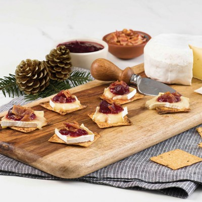 Bacon, Baked Brie and Cranberry Melts