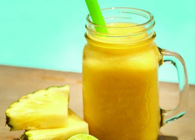 Almond-Pineapple Smoothie