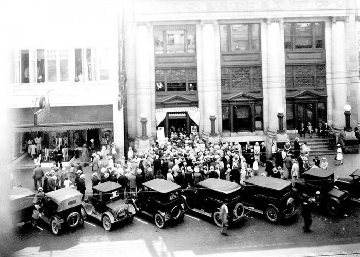 Do You Know… that we didn't need driver's licenses in N.C. until 1935?