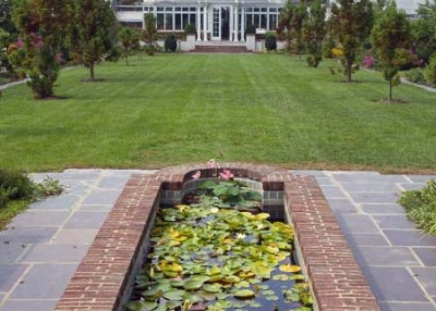 Find a public garden
