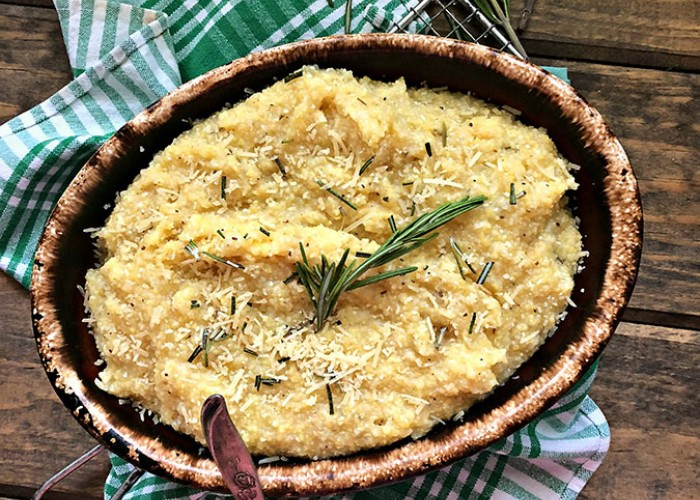 Creamy Rosemary Parmesan Grits