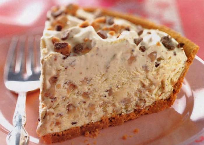 Frosty Toffee Bits Pie