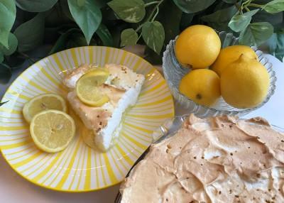 Old Fashioned Lemon Pie