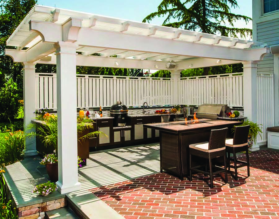 Outdoor kitchens carolina country for Country outdoor kitchen