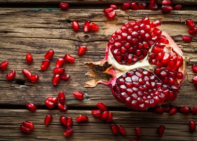 Pomegranate Seeds, Without the Mess