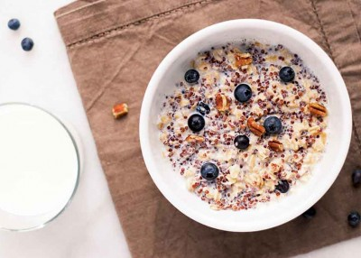 Nutty Blueberry Quinoa Oatmeal