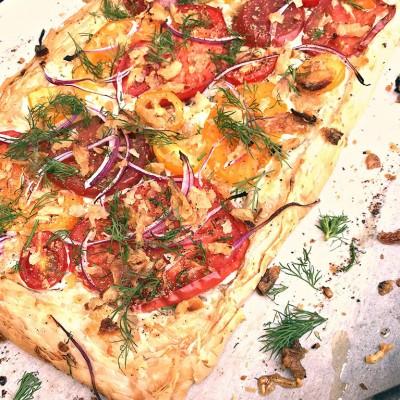 Tomato-Swiss Slab Pie
