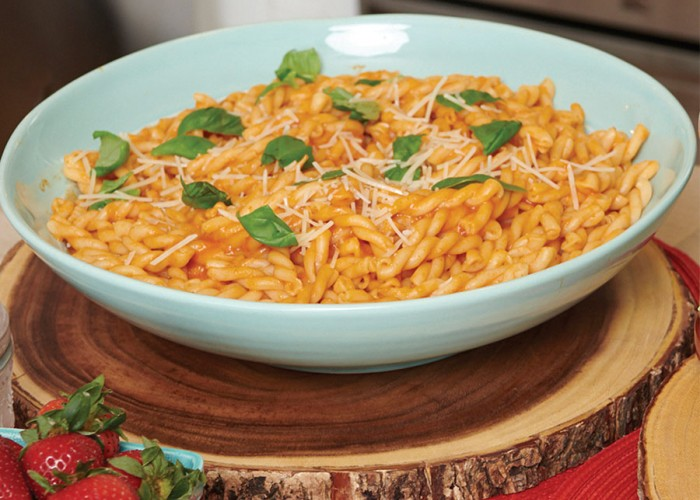 Grown-Up Tomato Mac & Cheese