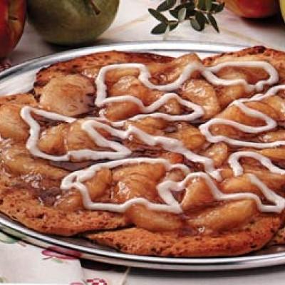 Cinnamon Apple Pizza