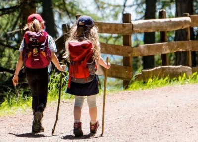 9 Reasons Hiking Is Amazing for Kids