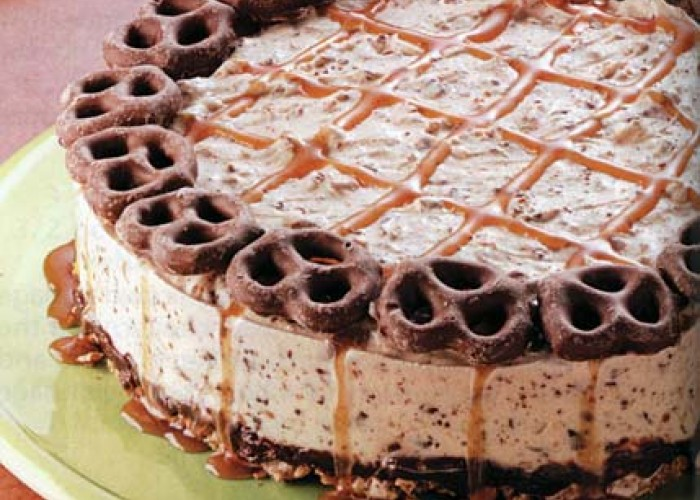 Ice Cream Pretzel Cake