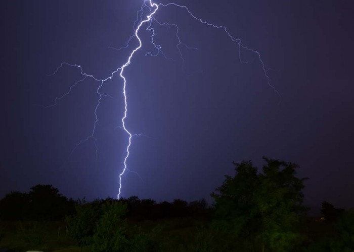Do you know…that lightning works like a spark?