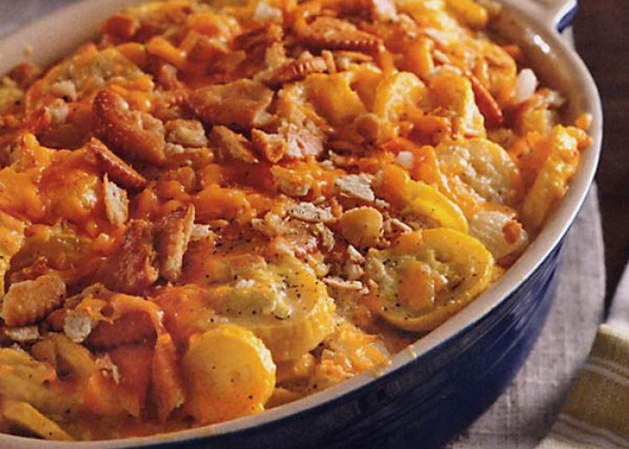 Old Fashioned Squash Casserole
